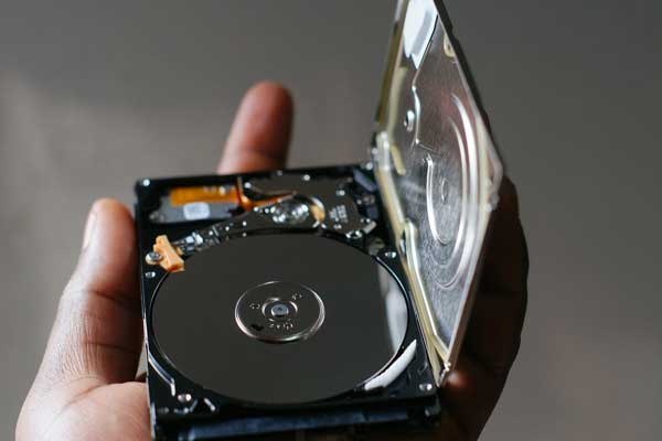 Hard Disk Drive used for data recovery in laptop computers